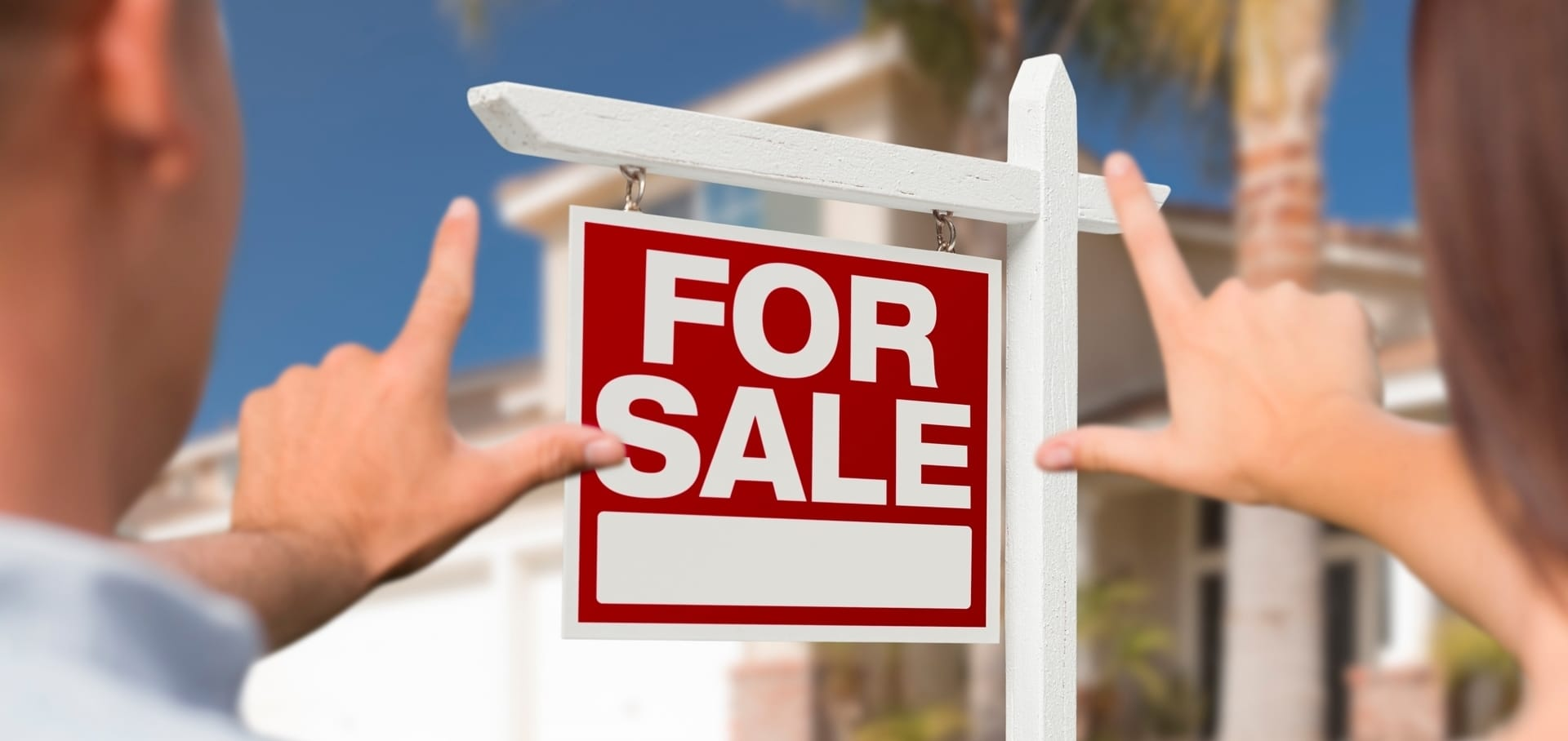 Pros and Cons of Listing Your Home For Sale During the COVID outbreak
